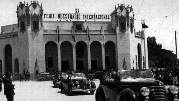 1942. Primera feria tras Guerra Civil. Palacio Ferial reconstruido. Inauguracion