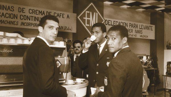 1963 (2). Jugadores Valencia CF